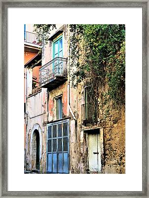 Old Sorrento Street Framed Print