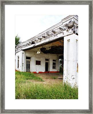 Old Texas Gas Station Framed Print by Marilyn Hunt