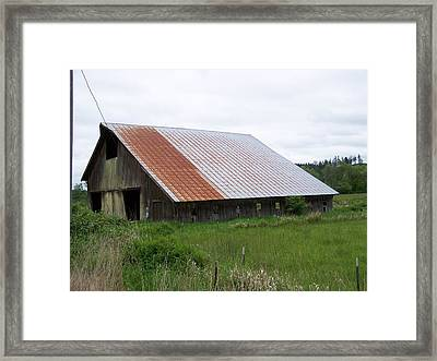 Old Tin Roof Barn Washington State Framed Print by Laurie Kidd