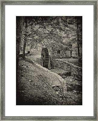 Old Water Wheel Framed Print by Bill Cannon