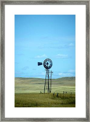 Old Windmill On The Ranch Dempster Usa Framed Print by Thomas Woolworth