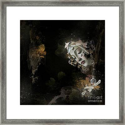 O.l.i.v.i.a Framed Print by Monique Hierck