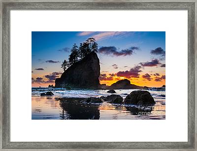 Olympic Sunset Framed Print by Inge Johnsson
