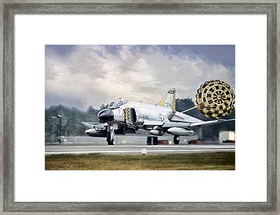 On Guard Framed Print by Peter Chilelli