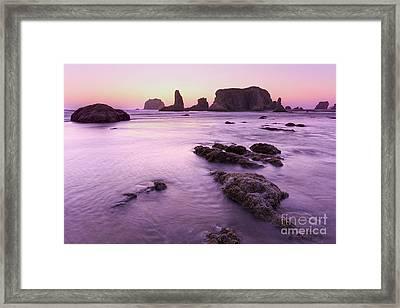 On The Beach At Bandon, Or Framed Print by Masako Metz