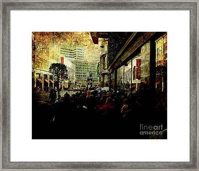 On The Day Before Christmas On Stockton Street Sf . Texture Framed Print