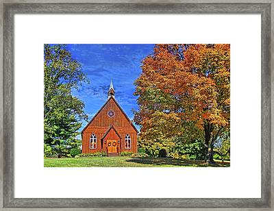 On The Road To Maryville Framed Print