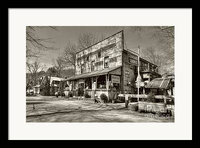 Southern Indiana Images Framed Prints