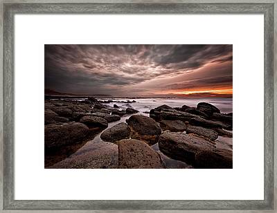 One Final Moment Framed Print by Jorge Maia