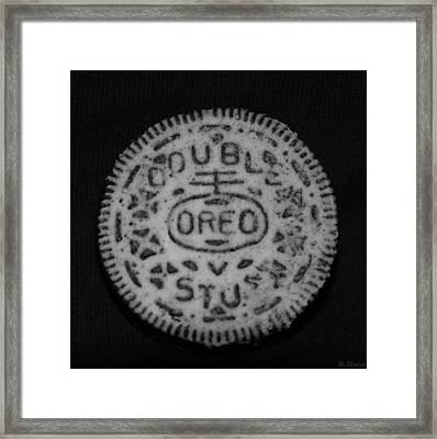 Oreo In Matte Finish Framed Print by Rob Hans