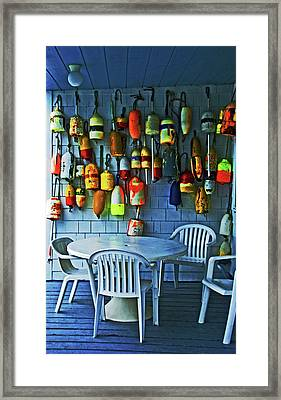 Outdoor Cafe, Block Island, Ri Framed Print