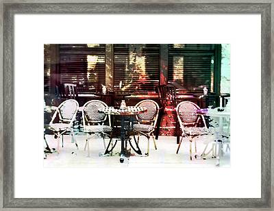 Outdoor Dining In Minneapollis Framed Print by Susan Stone