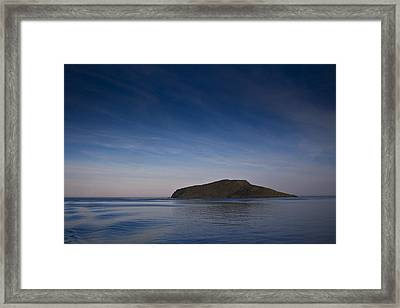 Outer Hebrides In Sunset Framed Print by Gabor Pozsgai