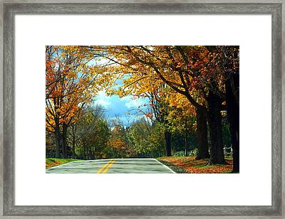 Pa Mountains Framed Print