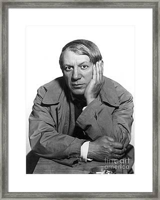 Pablo Picasso (1881-1973) Framed Print by Granger