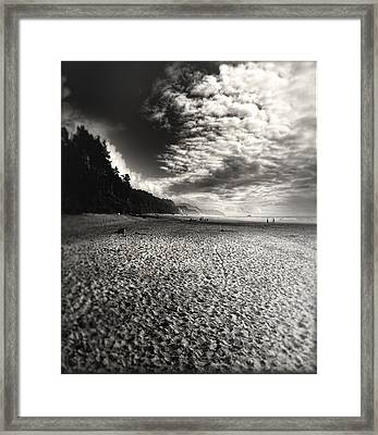 Framed Print featuring the photograph Pacific Coast Highway Oregon by Douglas MooreZart