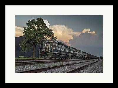 Western Ky Framed Prints