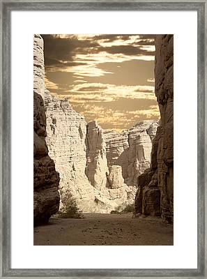 Painted Canyon Trail Framed Print by Linda Dunn