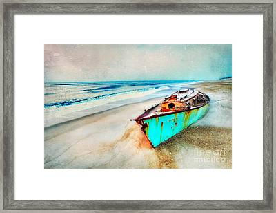 Painted Shipwreck On The Outer Banks II Framed Print by Dan Carmichael