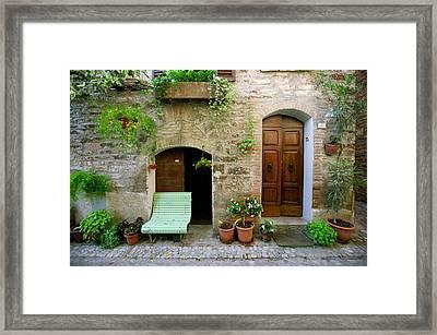 Panca Verde Framed Print