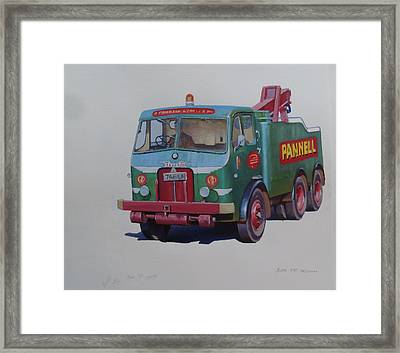 Pannell Leyland Wrecker. Framed Print by Mike Jeffries