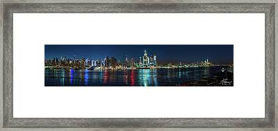 Framed Print featuring the photograph Panoramic Skyline-manhattan by Francisco Gomez