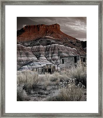 Paria Townsite Framed Print by Leland D Howard