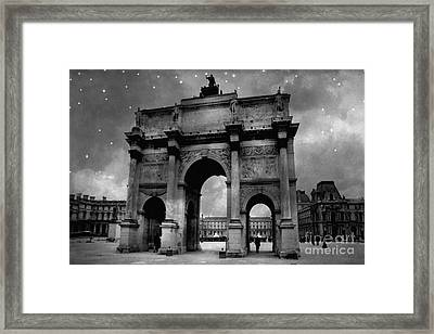 Paris Louvre Entrance Arc De Triomphe Architecture - Paris Black White Starry Night Monuments Framed Print