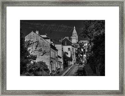 Framed Print featuring the photograph Paris - Montmartre Streetscape 002 Bw by Lance Vaughn