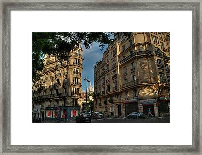 Framed Print featuring the photograph Paris - Montmartre Streetscape 003 by Lance Vaughn
