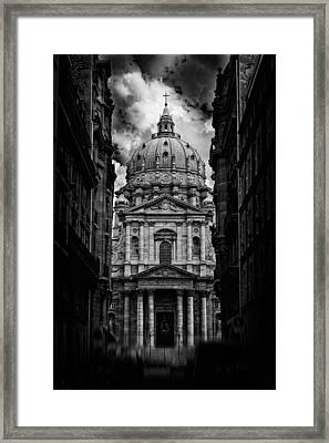 Paris Or Roma ? Framed Print
