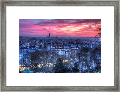 Framed Print featuring the photograph Paris Sunset by Shawn Everhart