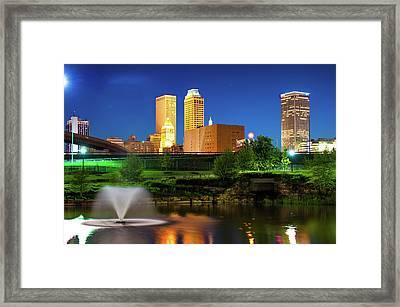 Park View Of The Tulsa Skyline - Oklahoma Usa Framed Print
