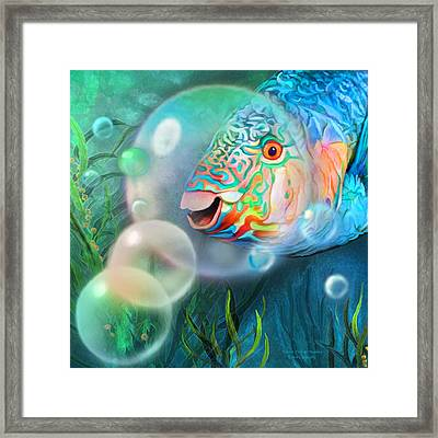 Parrot Fish - Through A Bubble Framed Print