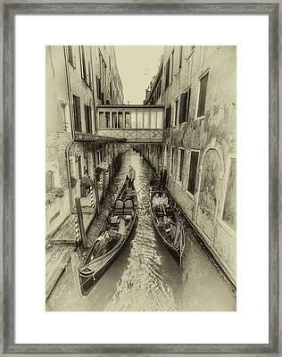 Passando 2 Framed Print by John Hoey