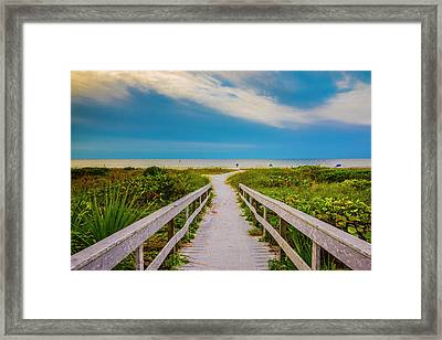 Framed Print featuring the photograph Path To The Sea by Steven Ainsworth