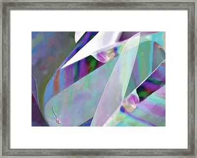 Pearl Pocketknife Framed Print by Mathilde Vhargon