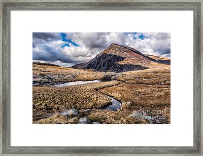 Pen Yr Ole Wen Mountain Framed Print by Adrian Evans