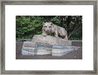 Penn Statue Statue  Framed Print by John McGraw