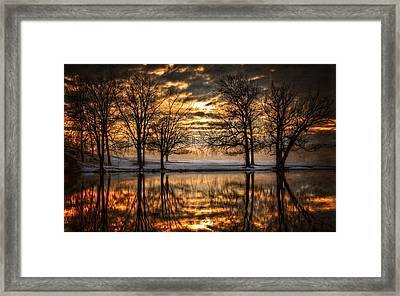 Perfect Sunset Framed Print by Everet Regal