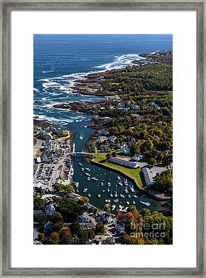 Perkins Cove To The Cliff House Framed Print