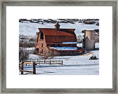 Perry Park Barn Framed Print by Priscilla Burgers