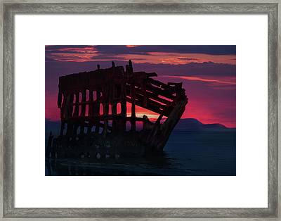 Peter Iredale Shipwreck Framed Print