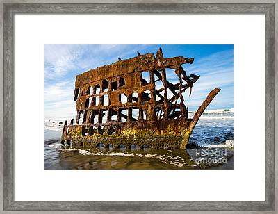 Peter Iredale Shipwreck - Oregon Coast Framed Print by Gary Whitton
