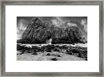 Pfeiffer Arch Black And White Framed Print