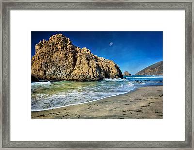 Pheiffer Beach - Keyhole Rock #10- Big Sur California Framed Print