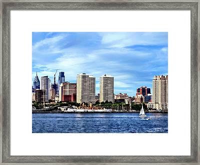 Philadelphia Pa Skyline Framed Print by Susan Savad