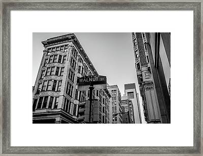 Framed Print featuring the photograph Philadelphia Urban Landscape - 0980 by David Sutton