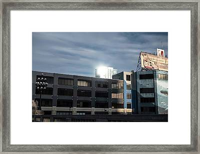 Framed Print featuring the photograph Philadelphia Urban Landscape - 1195 by David Sutton