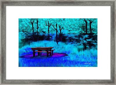Pic-nic Cyan - Da Framed Print